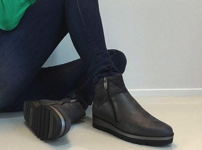 TangosShoes_Tile