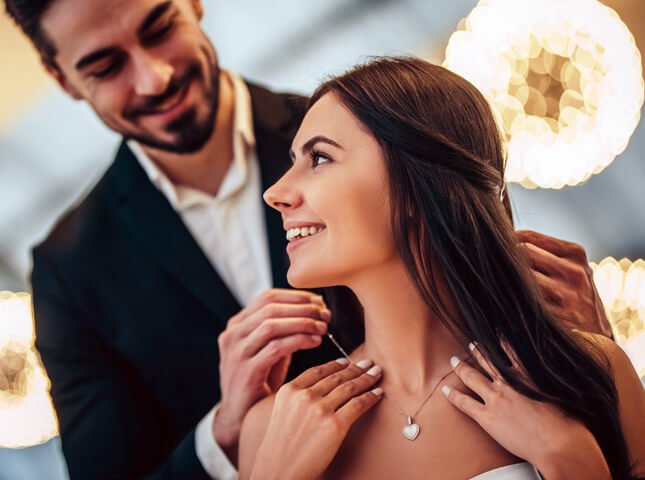 Jewellery & Watches, Couple in Love, Buy Now Pay Later with humm