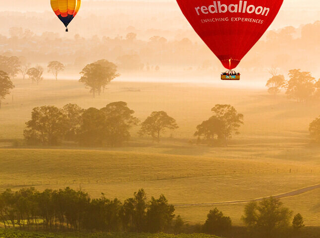 Redballoon Background image