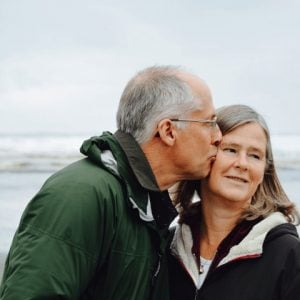 Audiology-older-couple_Tile-default