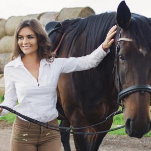 Fashion-horse-riding_Tile-default