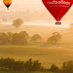 Redballoon Background image